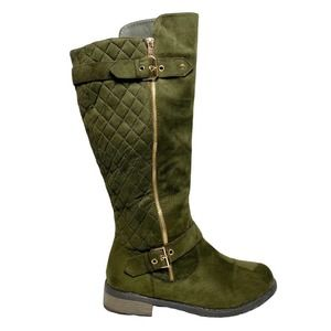 Forever 21 Green Faux Suede Quilted Boots 8.5
